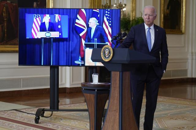 美英澳协议引发盟友地震,美国暴露野心,竟是为了瓜分澳大利亚?