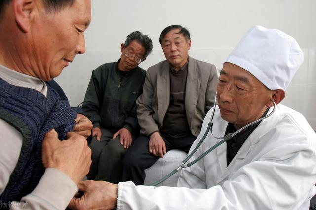 农村医保9月开始缴,60岁以上老人还要不要缴,有什么新变化吗?