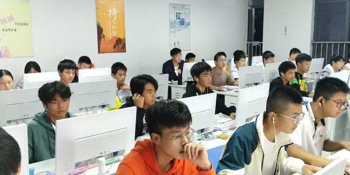 程序员的工作压力,真有传说中那么大?