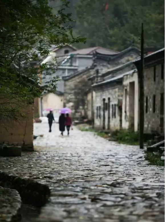 河南旅游必去的10个地方!人少景美,古韵悠悠,最适合一个人旅行