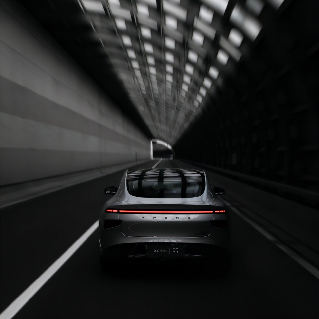 让消费者以更低价格感受智能轿跑用户之魅力,这一次小鹏P7做到了