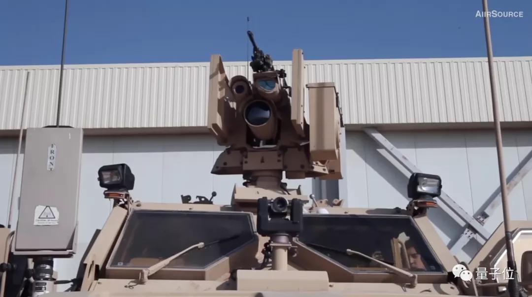 机器狗背上枪成无人杀手,射程1200米,制造商与美澳军队广泛合作
