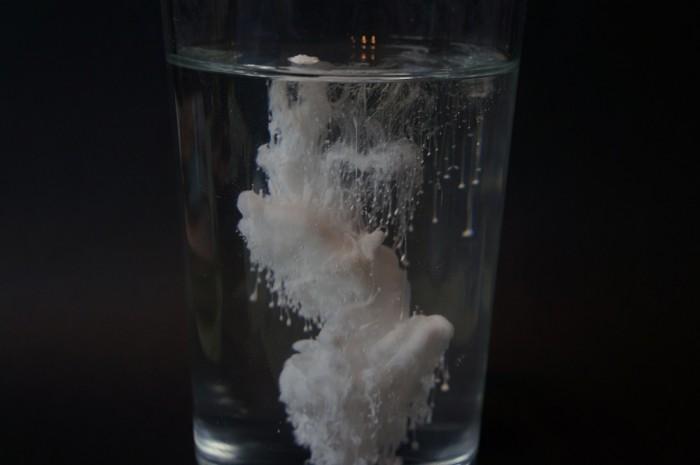 因担心DNA受损 欧洲决定禁用常见食品添加剂二氧化钛