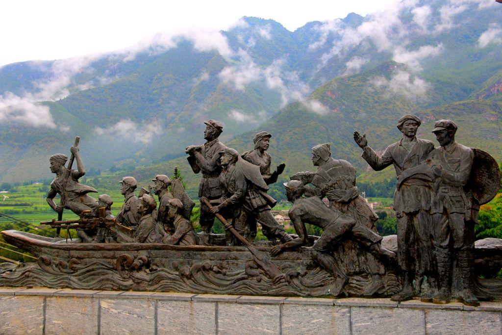 旅游市场回暖!国庆七天丽江接待游客突破120万人次,收入超10亿