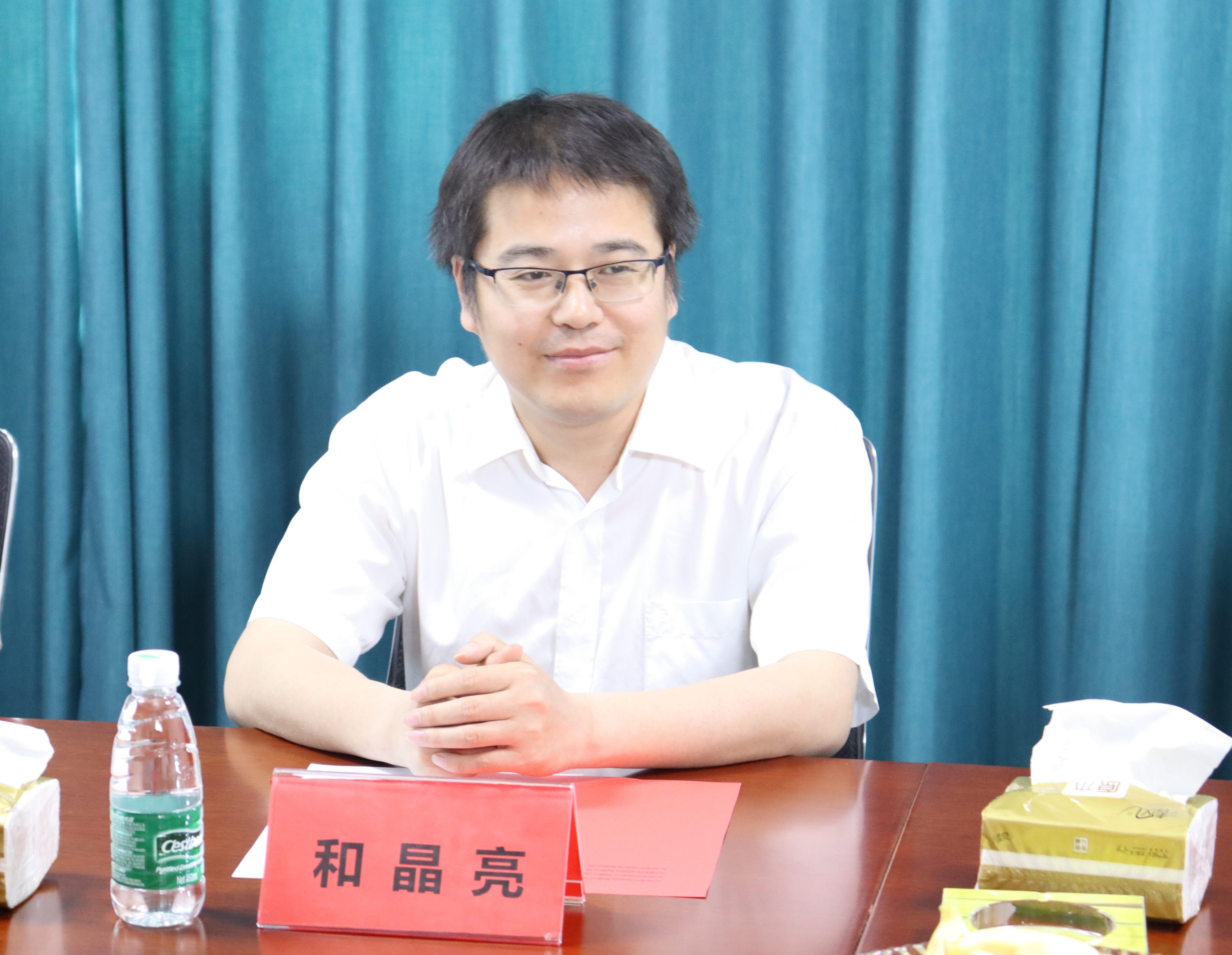 河南工程学院与沁润泽环保签署校企合作协议并授牌(图2)