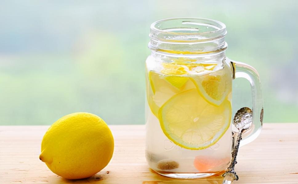 柠檬水的正确泡法 柠檬水怎么做