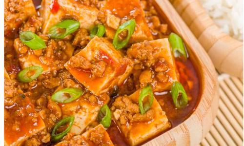豆腐虽好,并不是人人都能吃!这4类人一旦吃多,内脏可能出问题